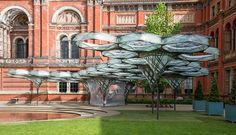 robots fabricate elytra filament pavilion at the V&A museum
