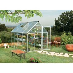The Palram Nature Hybrid Series x Greenhouse is an ingenious balance of two advanced polycarbonate panels for the optimum environment. The crystal clear side panels offer over transmission f Serre Polycarbonate, Polycarbonate Greenhouse, Greenhouse Shelves, Greenhouse Plans, Backyard Greenhouse, Greenhouse Wedding, Wedding Pergola, Aquaponics System, Aquaponics Fish