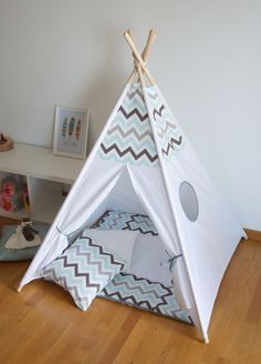 Blue chevron kids teepee play tent with padded floor par WigiWama