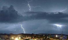 سحب رعدية ممطرة على المملكة العربية السعودية: توقعت الهيئة العامة للأرصاد وحماية البيئة في تقريرها عنحالة الطقس في المملكة العربية…