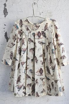 Sailor Rose bird dress, so sweet! Vanderschie, we need to find something like this for little birdie! Sailor Rose bird dress, so sweet! Vanderschie, we need to find something like this for little birdie! Little Girl Fashion, Little Girl Dresses, Kids Fashion, Girls Dresses, Girls Frocks, Fashion Tips, Bird Clothing, Box Pleated Dress, Kids Outfits