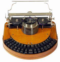 Hammond 1 typewriter - 1885