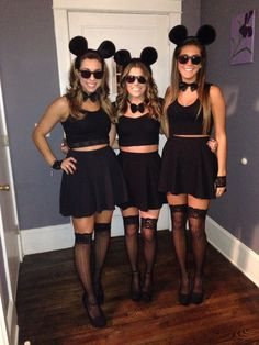 Halloween Costume Ideas That Are Guaranteed To Impress Halloween Costume 3 Blind Mice, Best Friend Halloween Costumes, Mouse Costume, Halloween Outfits, Three Blind Mice Costume, Group Halloween, Halloween Kleidung, Halloween Disfraces, Costumes For Women