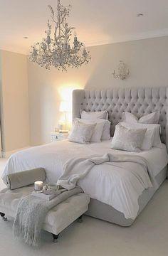 Serene bedroom - 15 Modern Bedroom Design Trends and Ideas in 2019 Page 7 of 54 Serene Bedroom, Dream Bedroom, Home Decor Bedroom, Bedroom Furniture, Bedroom Green, Spa Bedroom, Bedroom Apartment, Furniture Design, Rustic Furniture