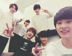 WinWin, Jisung, Kun, Jeno, Jaemin, and Mark