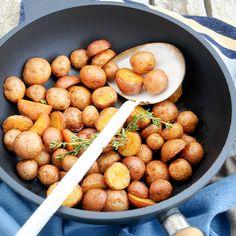 Pikante Cherry Potatoes Pretzel Bites, Oven, Cherry, Thanksgiving, Potatoes, Bread, Drinks, Food, Drinking