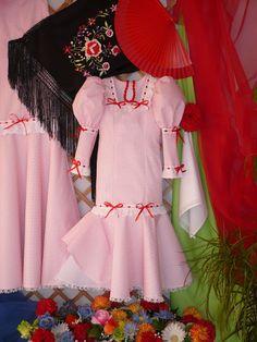 LOLAYLO: CHULAPAS MADRILEÑAS Spain Madrid, Regional, Lana, Photo And Video, Halloween, Vestidos, Costume, Fabrics, Suits