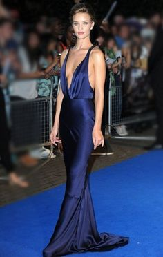 Rosie Huntington-Whiteley in Burberry at the London Premiere of 'Transformers' 2011