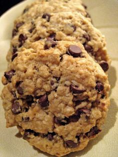 Vegan Oatmeal Chocolate Chip Cookies | Adventures of a Hungry Redhead