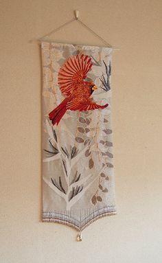 タペストリー『赤い鳥』