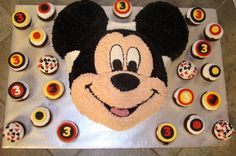 Google Image Result for http://www.sweetcakesbyrebecca.com/images/mickey_mouse_cake.jpg
