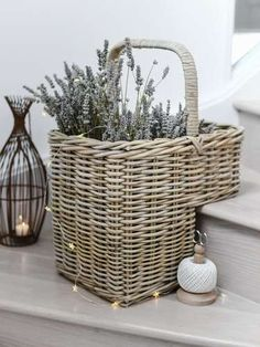 Our wicker stair basket, never again will you have to trip-over piles of clutter on the stairs! Stair Basket, Hallway Decorating, Condo Decorating, Apartments Decorating, Decorating Bedrooms, Decorating Ideas, Decor Ideas, Entrance Decor, Entrance Halls