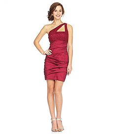 @ms7melly ? I don't know about this I was just looking but I think it is a little short but I thought I would get your opinion about the color so I know for other dresses. Is this the burgundy you are looking for or more purple?