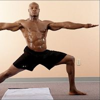 Tony Parish Parrish uses high-heat Bikram yoga to build his midsection. (Here he's moving into Bikram's Triangle Pose.) He's persuaded teammates to join the growing ranks of NFL players who practice yoga. Pilates Yoga, Yoga Man, Ashtanga Yoga, Yoga Caliente, Physique, Fitness Del Yoga, Fitness Pants, Physical Fitness, Yoga