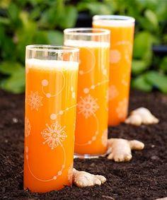 Shot i f& & lite gurkmeja varje dag! Juice Diet, Juice Smoothie, Easy Smoothies, Fruit Smoothies, Breakfast Shot, Raw Food Recipes, Healthy Recipes, Drink Recipes, Bra Hacks