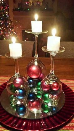 60 of the BEST Christmas Decorating Ideas The BEST DIY Christmas Decorations and Craft Ideas! Everything from Outdoor Decoration, Table Settings, DIY Holiday Crafts, and Home Decor! Simple Christmas, Winter Christmas, Christmas Ornaments, Beautiful Christmas, Christmas Candles, Christmas Balls, Rustic Christmas, Outdoor Christmas, Christmas Music