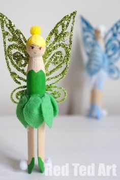 Tinkerbell Fairy Peg Dolls- or any other little doll or creature Tinkerbell Outfit, Tinkerbell Fairies, Crafts To Do, Crafts For Kids, Arts And Crafts, Softies, Clothespin Dolls, Clothespin Crafts, For Elise