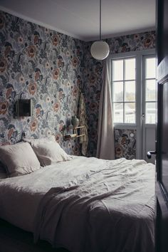 Easy Teen girl bedrooms makeover, bedroom decorating post ref 1515539913 Cute Home Decor, Retro Home Decor, Home Decor Styles, Home Decor Accessories, Cheap Home Decor, Home Decor Bedroom, Living Room Decor, Bedroom Bed, Beach Bedding Sets
