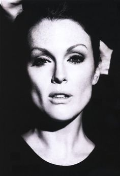 Julianne Moore, beauty, beautiful, bella, belleza, bello, bonita, bonito, people, gente, female, femenino, feminine, women, mujeres, woman, womanly, mujer, fashion, moda, trendy, B, black & white, black and white, blanco y negro, art, arte, photography, fotografia, fotografias, photograph, beauty photography, fotografia de belleza, fotografia de moda, fashion photograph, cinema, cine, movie, entertainment, entretenimiento, actors, actor, actress