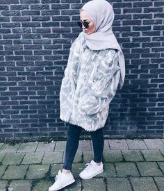 Trendy Winter Hijab Outfits You Will Love Islamic Fashion, Muslim Fashion, Modest Fashion, Hijab Fashion, Fashion Outfits, Fashion Fashion, Casual Hijab Outfit, Hijab Chic, Modest Outfits