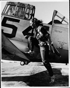 Female pilot of the US Women's Air Force Service, 1943.    Photo by Peter Stackpole