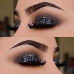 Ideas Nails Dark Glitter Eyes For 2019 Makeup Goals, Makeup Inspo, Makeup Inspiration, Makeup Tips, Beauty Makeup, Makeup Ideas, Makeup Brands, Uk Makeup, Cheap Makeup