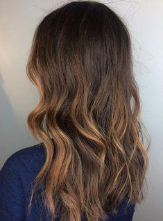 20 Jaw-Dropping Partial Balayage Hairstyles Partial Caramel Balayage For Brown Hair Blonde Balayage Highlights, Partial Balayage Brunettes, Caramel Balayage, Brown Balayage, Balayage Hair, Loose Waves Hair, Air Dry Hair, Long Brown Hair, Types Of Curls