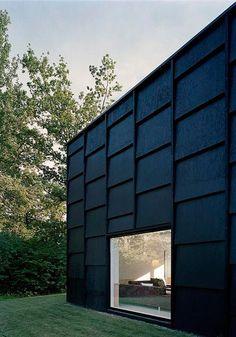 New House Facade Scandinavian Black Exterior 51 Ideas Exterior Stairs, Wall Exterior, Exterior Cladding, House Paint Exterior, Black Exterior, Exterior House Colors, Modern Exterior, Exterior Doors, Exterior Design