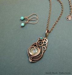 copper necklace, labradorite and turquoise (earrings included) copper, labradorite, turquoise wire wrapped, alambrismo