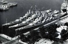 Des Moines Class Cruisers by StephenBarlow on DeviantArt Pearl Harbor 1941, Navy Coast Guard, Navy Corpsman, Hms Hood, Heavy Cruiser, Ship Drawing, Us Navy Ships, Navy Life