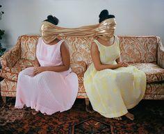 La fuerza de las mujeres fotógrafas de la diáspora africana llega a Madrid - Yorokobu  #biblioteques_UVEG