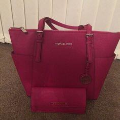 Michael Kors Handbags 2015 Red #Michael #Kors #Handbags