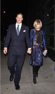 Anna Wintour in Royal blue