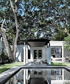 A 1950s Miami Ranch House Boasts Avant-Garde Art | LUXE Source