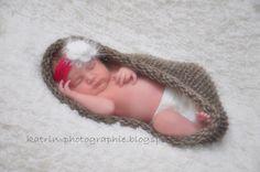 Supersüß. Ein kleines Babynestchen aus reiner Wolle, das das Baby eng umschmiegt ♥