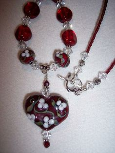 Kerri Fuhr - Fine Handcrafted Glass Lampwork Beads. -  Joanne Conway
