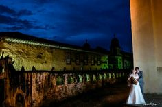 Formal en Pátzcuaro #fotografíadebodas #www.msvfotografia.com #fotógrafosdedestino