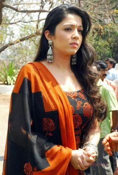 Latest photos and still of popular south indian actress charmy kaur, beautiful photos and HD wallpapers collection of actress charmi kaur. Indian Film Actress, Tamil Actress, South Indian Actress, Indian Actresses, Charmy Kaur, South Indian Film, Actress Photos, Bollywood, Sari