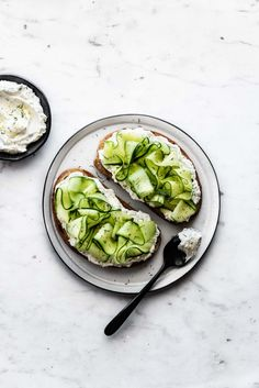 Eat your greens on Ezekiel Sprouted Whole Grain Bread with this Shaved Cucumber Lemon Herb Labneh Toast recipe. Herb Recipes, Real Food Recipes, Vegetarian Recipes, Healthy Recipes, Healthy Drinks, Clean Eating Snacks, Healthy Eating, Brunch, Beet Hummus