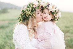 Mothers+Day+photographer+in+Oak+Glen+California,+Mother+Daughter+Photoshoot+with+flower+crowns,+Family+photographers+in+South+Dakota,+Spearfish+SD+family+photos_0695