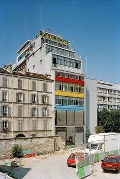 1929 Armée du Salut, Cité de Refuge, Paris, La Cité de Refuge a été entreprise par l'Armée du Salut en 1929 et, après bien des difficultés vaincues, a été inaugurée le 7 décembre 1933. Fondation Le Corbusier - Réalisations - Armée du Salut, Cité de Refuge
