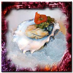 Il y a des gens qui ont la susceptibilité de l'huître, on ne peut y toucher sans qu'ils se contractent. PAUL-JEAN TOULET