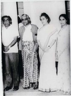 Guruji with Indira Gandhi Vipassana Meditation, Indira Gandhi, Buddhism, Image