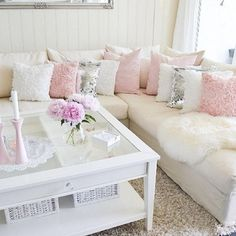 40 STUNNING SHABBY CHIC LIVING ROOM DECOR IDEAS