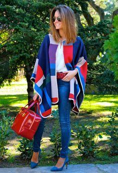 Multicolored cape / Capa multicolor