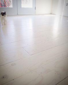 Diy Whitewashed Plywood Floor