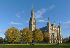 Exterior de la catedral gótica de Salisbury, al sur de Inglaterr