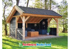 ideas hangout Beautiful timber construction cap barn made of larch douglas wood. Black sprayed walls combined with white stands and details. Black Painted Walls, Black Walls, Douglas Wood, Relaxing Colors, Wood Shed, Garden Buildings, Shed Plans, Garden Design, Pergola