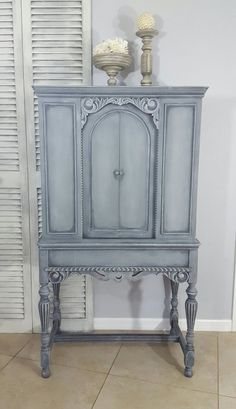 This item is no longer available. Contact me if you are interested in a similar paint finish for custom order. Welcome to D-Stressed to Impress! Visit my shop at the link below to view more original pieces. New items coming soon. Favorite my shop so you know when new inventory