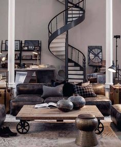 Vintage Industrial Decor Ideas for your dreamy industrial loft design spiral staircase - So, we need to show you these New York industrial lofts that will steal your heart! Modern Interior Design, Room Design, Interior Design, Industrial Living Room Design, Living Decor, Loft Design, Industrial Lighting Design, Industrial Livingroom, Industrial Style Living Room
